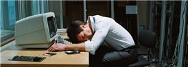 熬夜当心导致心脏病突发的征兆要记牢